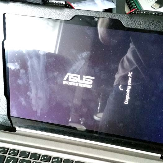 How to fix an Asus Transformer T102 that won't stay on